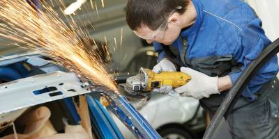 What To Look For In A Car Repair Shop When Seeking Garage Services?